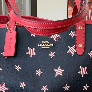 Coach Bags - Reversible City Tote With Americana Star Print